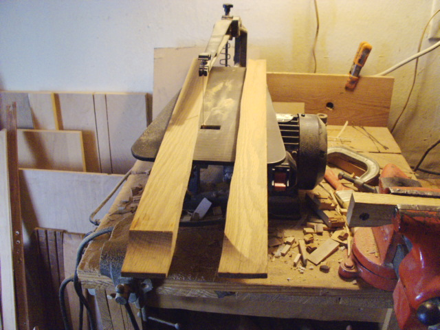"""Truing"" Oak for hinges and clasp"