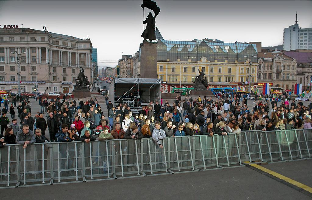фото: Центральная площадь Владивостока
