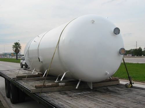Side View of Air Receiver Tank