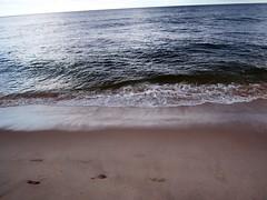 A Walk on the Beach (fkalltheway) Tags: ocean beach nature waves capecod nausetbeach fkalltheway