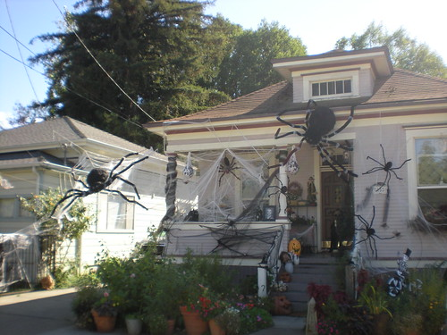 Halloween house in Napa