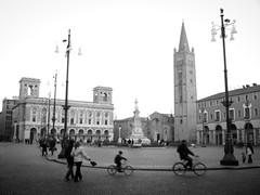 FADED MEMORY: domenica (motocchio) Tags: street winter people bw italy monochrome bike bicycle square italia farewell bici piazza fo saffi  piazzasaffi bncitt  bnfotodelmesecitt