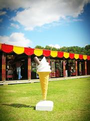 cone (buckaroo kid) Tags: uk london fairground cone flake 99 icecream hackney funfair cornet londonist georgeirwin nikoncoolpix4100 kakadoo victoriaparke8 firstsunnydaywehadinages welcomeuk
