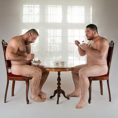 Breakfast (farmhand) Tags: grubbear