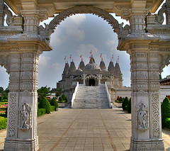 Shri Swaminarayan Mandir - Hindu Temple - Neasden - London (nick.garrod) Tags: building london architecture temple shrine religion monk hindu hdr deity mandir shri godhead maharaj swaminarayan neasden sadhus artizen murtis lock06 flickrdiamond
