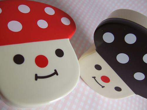 Decole - Mushroom Pots