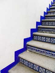 Stairs to nowhere (Fer Gregory) Tags: pictures abstract art azul méxico stairs mexico code interesting friend icons background myspace icon clip mexique abstracto f828 recent dsc comments comment escaleras tepoztlan morelos coments hi5 codes relevant freg dscf828 coment ƒreg