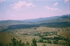 Vedere din turnul mausoleului de la Mateias