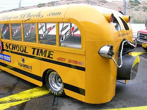 Autobus escolar autopropulsado