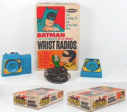 batman_wristradios