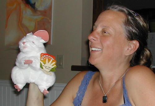 Happy Rodent, Happy Mama