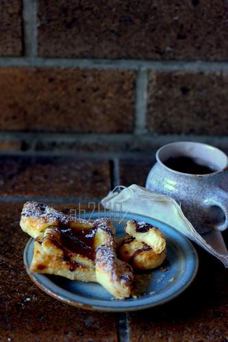 danish pastry-apricot jam-ab2010