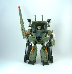 Transformers Brawl - modo robot (Movie Deluxe)