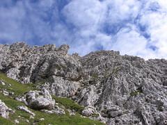 Sulla via di discesa (mauro742) Tags: alps trekking hiking path natura trail sentiero footpath alpi montagna dolomiti naturalmente escursionismo zoldo escursione coldai
