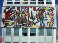 Haus des Lehrers (sring77) Tags: berlin architecture mural mosaic architektur ddr wandbild hausdeslehrers hdl kunstambau walterwomacka