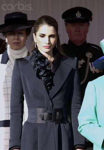رد: .....{fashionعالمك للأزياء show}......,أنيدرا