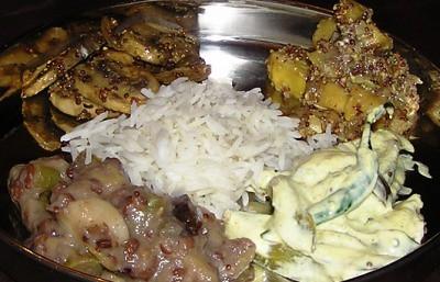 Swad rci orissa round up oriya meal hima of snackorama presents an orissa meal containing khichdi coconut chutney whole brinjal fry forumfinder Choice Image