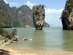 James Bond Island (curreyuk) Tags: movie thailand island asia bangkok bond movies phuket 1001nights jamesbondisland jamesbond movielocations currey grahamcurrey theperfectphotographer curreyuk peachofashot 5peaches