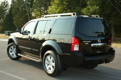 2008 Nissan Pathfinder SE - a photo on Flickriver