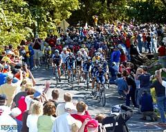 tour-of-missouri-2007-wallpaper-peloton-schluersburg-hill-stage5-1280x1024