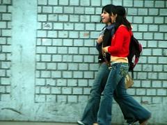 Peru, Lima: Friendly steps (kool_skatkat) Tags: koolskatkat travel travelphotography woma women girl girls red jeans lima peru smile   woman grua  dona  ena kvinde vrouw naine babae nainen femme fminit muller frau   n perempuan donna   sieviete moteris mara kvinne kobieta mulher femeie  enska mujer kvinna  kadn  phn