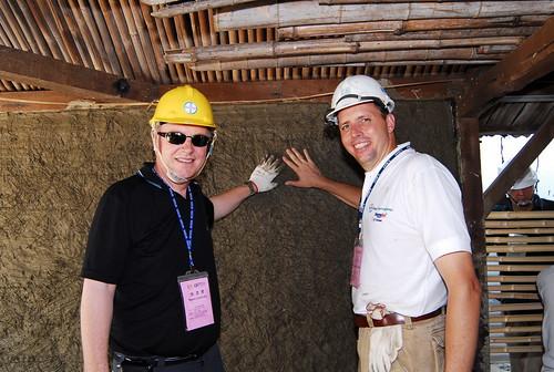 2004年花蓮南華生態工作假期吸引許多國際友人的參與