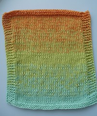 019 SUMMER LILY Swatch