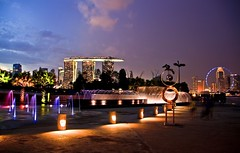 Wonder of Colors @ Marina Barrage (Joe Joe 12 (Very Busy)) Tags: building water colors architecture night marina canon landscape evening singapore asia cityscape perspective cbd lovely waterfountain mbs centralbusinessdistrict marinabay marinacentre marinabarrage singaporeflyer earthasia marinabaysand