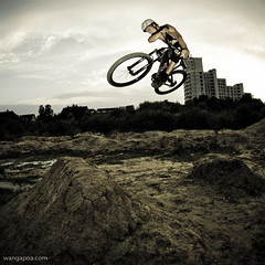 table top - 300 lightroom preset (wangapoa) Tags: bmx mountainbike dirtbike muenster freeride dirtjump lrps bergfidel wangapoacom pixelmator 77designz