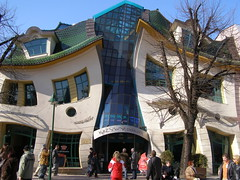 Krzywy Domek (magro_kr) Tags: architecture spring poland polska sopot wiosna architektura pomorze pomorskie monciak