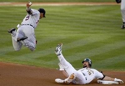 baseball-flying