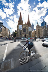 Cyclist on Flinders St, at 12mm