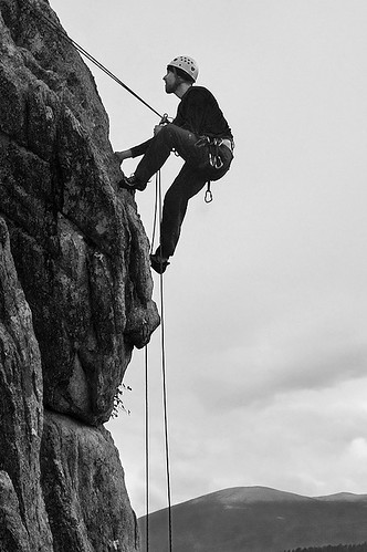 Mark Rappels off in the Rain