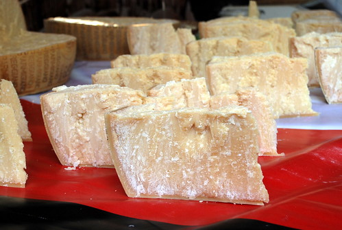 Fromages, Market Day in Ferney