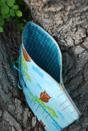 owl zip pouch, iron-on vinyl lining