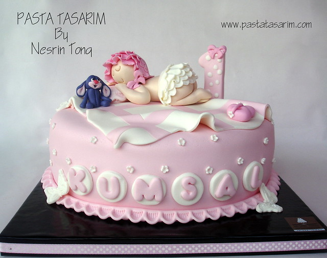 1ST BIRTHDAY CAKE - SLEEPING LITTLE BABY