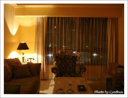 客廳窗簾-晚上沒開主燈