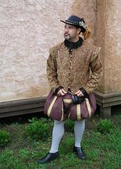 Jim - Maryland Renaissance Festival 2006 (jrozwado) Tags: usa maryland tights renaissancefestival menintights