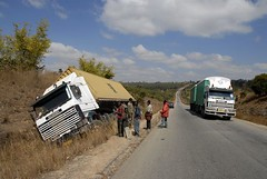 TRUCKING IN TANZANIA (Claude  BARUTEL) Tags: africa truck tanzania accident scania