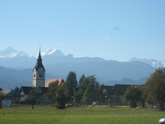 drive to Lake Bled, with backdrop of Julian Alps