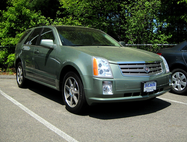 cars 2004 car cadillac automobiles srx