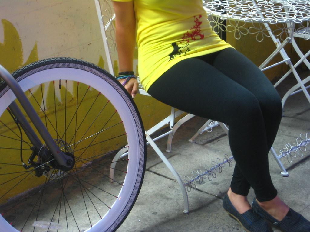 Redline Urbis, black tights, and a Flying Pigeon LA women's t-shirt