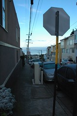 Looking down Quintara street (Too Easy Tuesday) (Robert Ogilvie) Tags: foundinsf gwsf tooeasytuesday