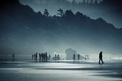 De l'air (sparth) Tags: morning blue trees people west beach silhouette fog oregon coast foggy silhouettes 300mm shore haystack cannon cannonbeach 2x 300mm28l horizontality 5dmkii