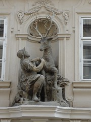 statue (Jonnee) Tags: castle church st statue square prague pavement august arches praha nicholas mala sv 2007 strana mikulas