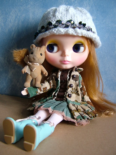 White hat and sequins by *scintillatingdollies*.