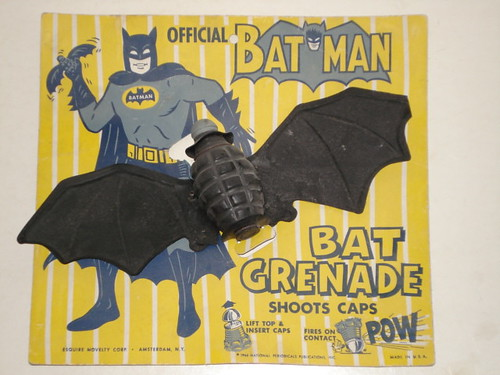 batman_batgrenade.JPG