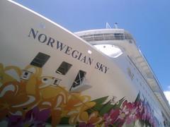 Norwegian Sky at Prince George Wharf (brownpau) Tags: cruise mobile ship bahamas nassau ncl norwegiansky princegeorgewharf mytouch htcmagic htcmagic32b