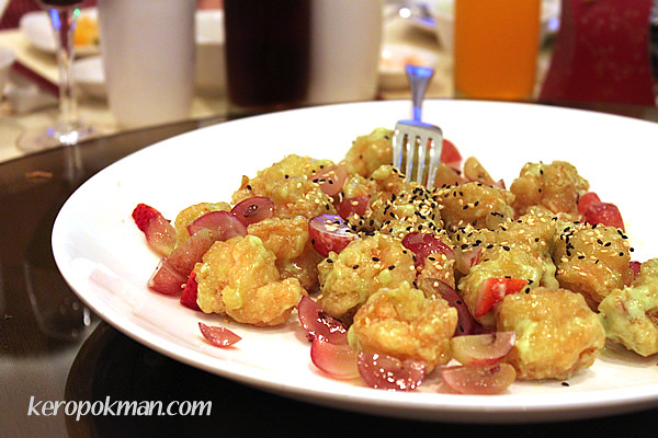 4th Course: Deep Fried Large Prawns in Wasabi Sauce Topped with Sesame Seeds