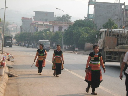 Tramping down the main drag, Yen Chau, Vietnam